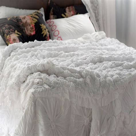 lazybones bedding lazybones bedding lucia white quilt vintage style bed sets