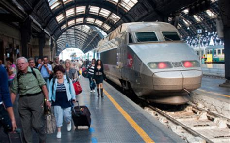 train  milan  florence italy travel guide