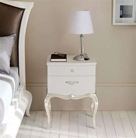 comodini piccoli idee comodini piccoli idee indispensabili per una stanza
