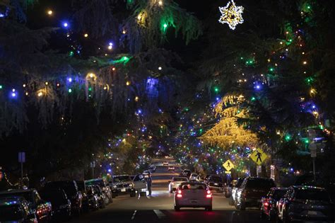 what are the dates for christmas tree lane in fresno 5 design things to do this week and next design architecture