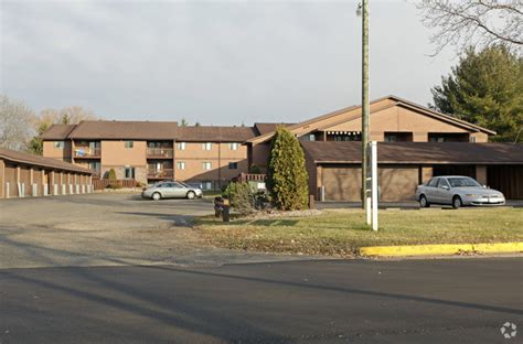 Creekside Appartments by Creekside Apartments Rentals New Richmond Wi