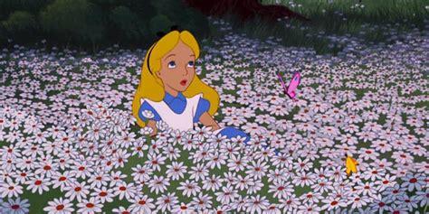 nel paese delle meraviglie fiori vorrei un giardino di fiori petalosi enrico rotelli