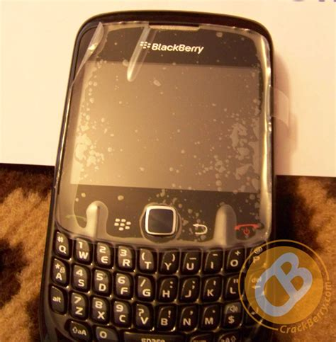 Flip Fdt Blackberry Gemini 8520 blackberry curve 8520 in live pictures