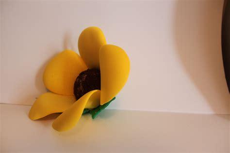 como hacer flores de goma eva como hacer flores con goma eva youtube