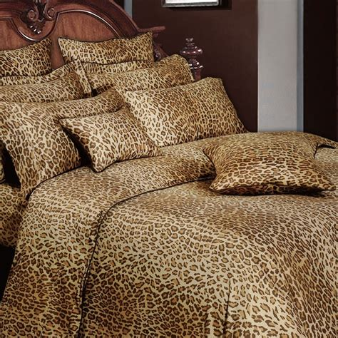 cheetah comforters 1000 ideas about leopard print bedding on pinterest