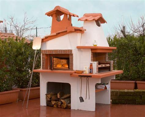 camini con forno pizza barbecue con forno a legna