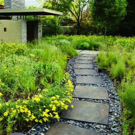 25 Yard Landscaping Ideas Curvy Garden Path Designs To Garden Walkways Ideas