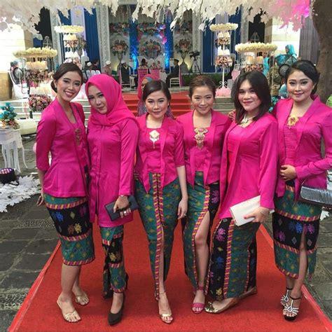 Gamis Wanita Baju Muslim Set Dini Style Kuning G 274 18 inpirasi kebaya kembaran biar makin sayang dan kompak