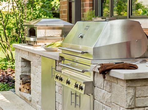 Diy Outdoor Kitchen Ideas Ideas For Getting Your Grilling Space Ready For Outdoor Entertaining Diy Network Made