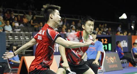 Sepatu Badminton Kevin Sanjaya Asian