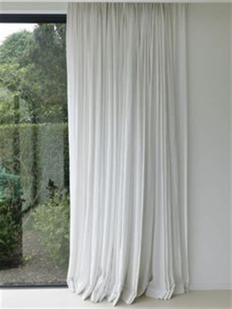 white curtains on white walls wall floors pattern rug curtains on pinterest