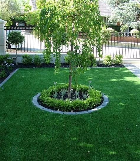 Backyard Ideas Center 25 Best Ideas About Small Front Yards On