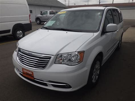 Used Chrysler Minivans For Sale by Used Minivans For Sale In Franklin Wi Ewald Cjdr