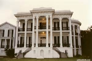 Greek Revival Interiors by Historical Southern Antebellum Plantations