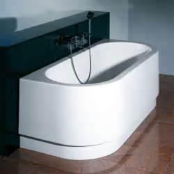 duravit happy d badewanne hoesch happy d halbrunde badewanne mit angeformter sch 252 rze