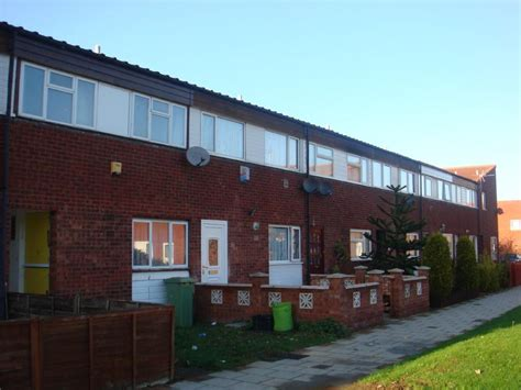 3 bedroom house to rent milton keynes 3 bedroom terraced house to rent in drovers croft