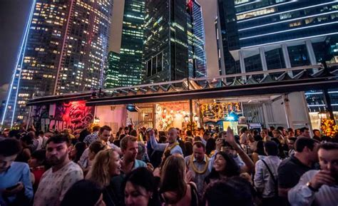 roof top bars singapore happy hour of the week in singapore rooftop bars with