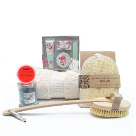 Valentines Gifts For Everyone Make Bath Time Indulgent by Will You Be My At Home Essentials