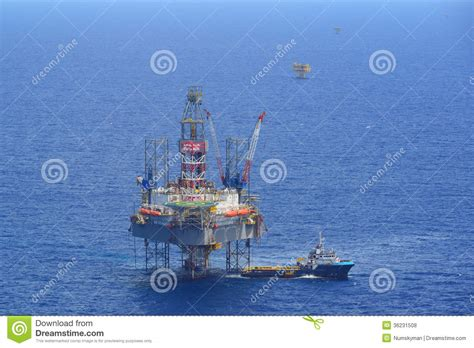 offshore drilling boats the offshore drilling oil rig and supply boat side view