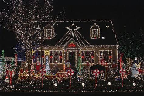 best christmas decorated homes d 233 coration maison noel 2017 exemples d am 233 nagements