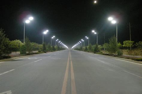 led street light bulb india is handing out led lights to its residents to save