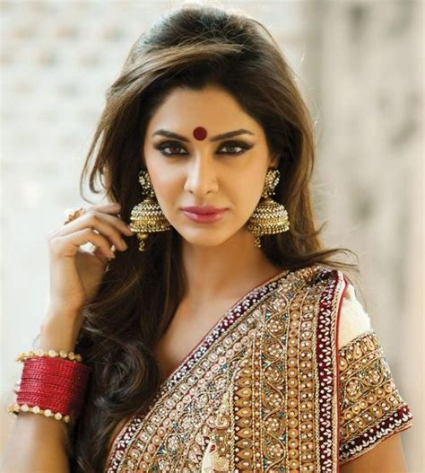 india layered hairstyles 25 best ideas about indian wedding hairstyles on