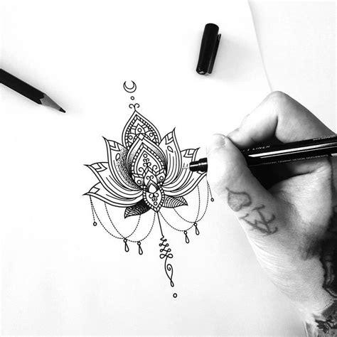 tattoo mandala costela 25 melhores ideias de tatuagem de mandala no esterno no