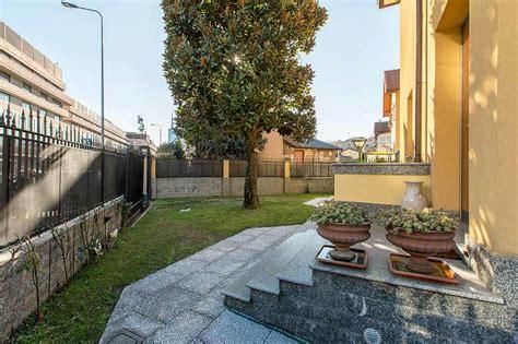 casa con giardino roma in vendita con giardino gabetti