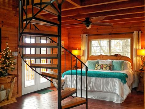 treehouse bedroom branson cedars resort treehouse rustic bedroom grand rapids by the original log cabin homes