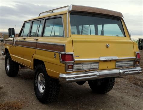 lowered 4 door jeep rare 1974 jeep wagoneer 4x4 4 door chief original low