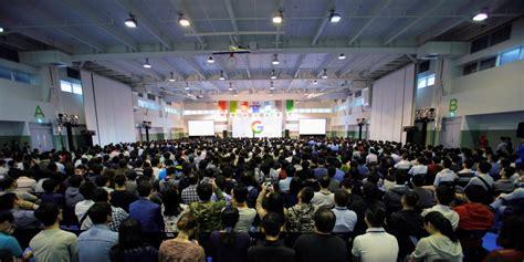 google design team google officially acquires htc design team