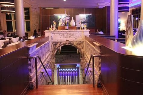 The Oceanaire Seafood Room Boston Ma by View Of The Downstairs Vault Etc When Entering The