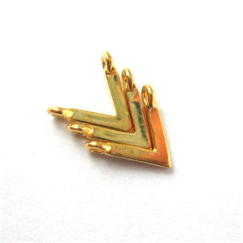 22k gold plated 925 sterling silver charm gold chevron