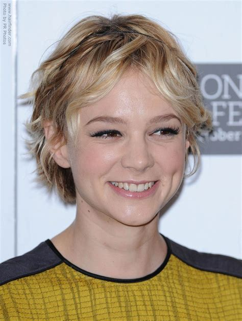 haircuts for fine hair with body carey mulligan with a versatile tousled shag haircut