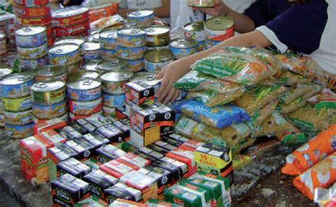 donacion de alimentos  caritas parroquial de bormujos sala de prensa ceu andalucia