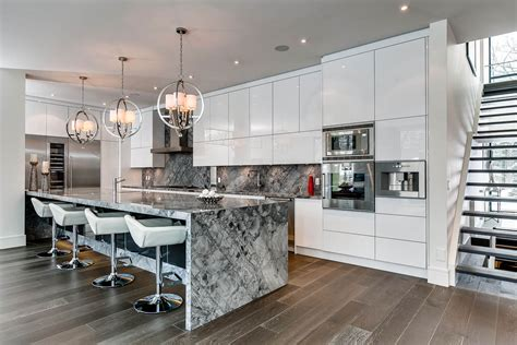 Kitchen Lighting Canada Marble Island Breakfast Bar Kitchen Lighting Contemporary House In Toronto Canada
