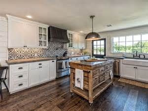 you can now rent the fixer upper bardominium