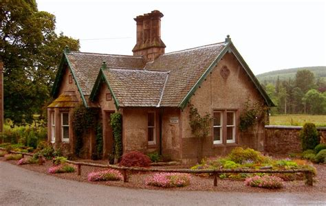 Mackays Cottage by Scotland Cottages And Bungalows