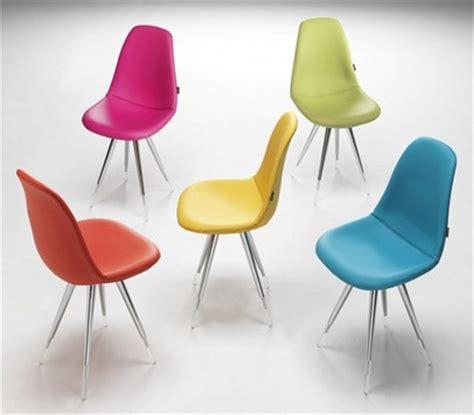 chaises de couleur chaise de cuisine couleur