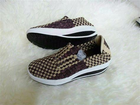 Sepatu Wedges Rajut 1 jual sepatu original wanita rajut anyaman shoes wedges