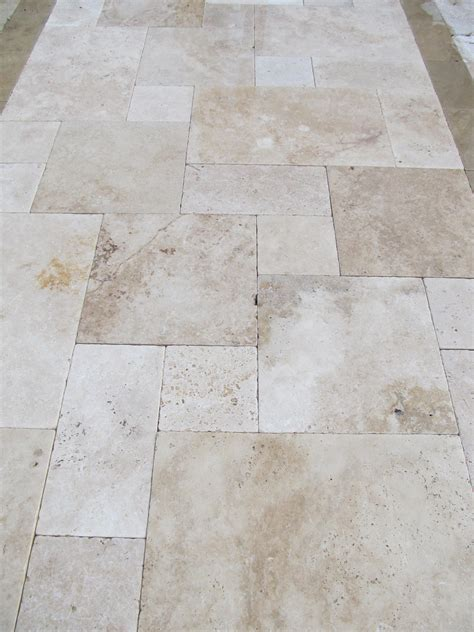 Travertine Patio Pavers Travertine Pavers Modern Home Interiors Travertine Pavers Ideas