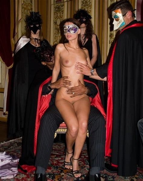 Naked At The Costume Party Nudeshots