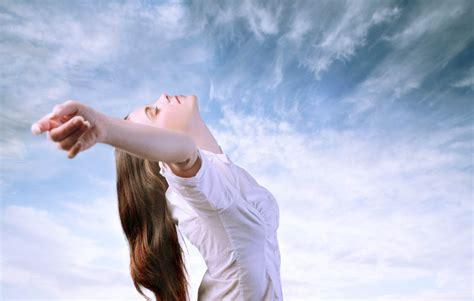 lasciar andare lasciar andare per lasciare che la vita si sveli benesserecorpomente it