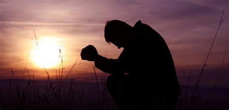 imagenes de ositos orando personas orando de rodillas related keywords personas
