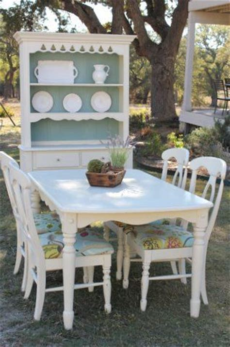 cottage kitchen table sets cottage style dining table chairs and hutch by