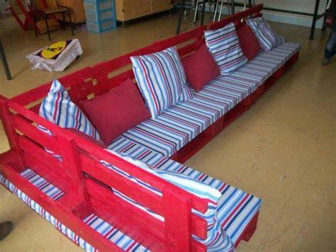 Kursi Tamu Bekas keren 10 desain furniture ini memanfaatkan pallet kayu bekas