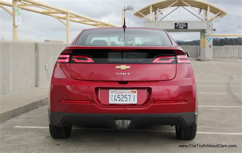 2013 Chevrolet Volt Review by Review 2013 Chevrolet Volt The About Cars