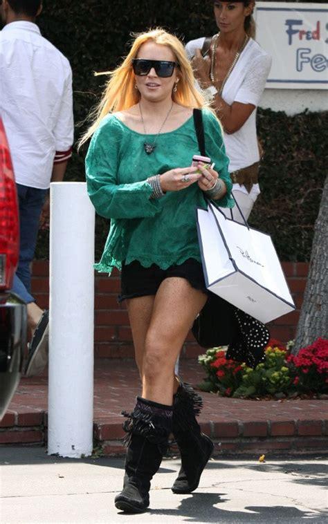 Lindsay Lohan Is A Tiger In The Sack by Lindsay Lohan Bag 061010 2 Jpg