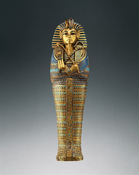 imagenes de faraonas egipcias artefact from king tut s tomb made from meteorite study