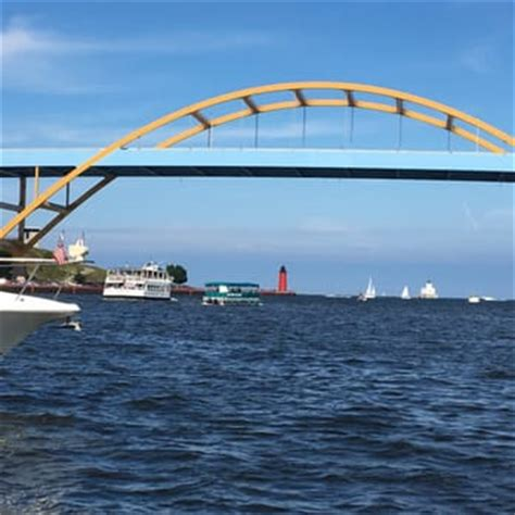 boat cruise from milwaukee to chicago riverwalk boat rentals tours free quote boating